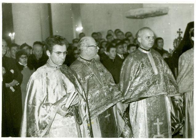 4-parintele-gheorghe-calciu-marturisitorii-ro-hirotonire