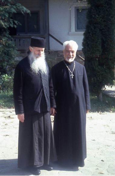 43-parintele-gheorghe-calciu-marturisitorii-ro-cu-parintele-ioanichie