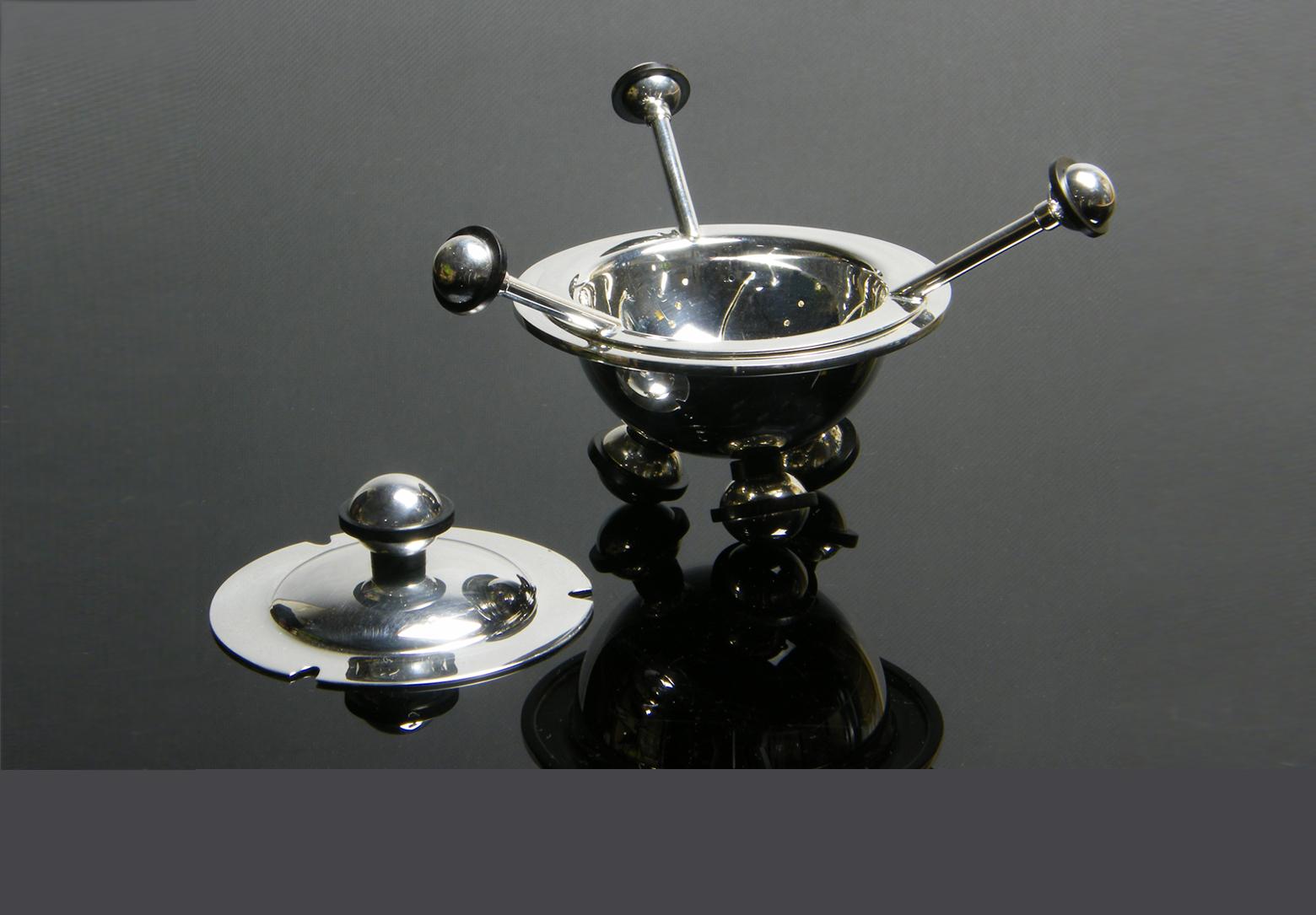 Orbit Tea Strainer