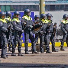 Niederlande: Faschisten organisieren Krawalle und beschuldigen Migranten