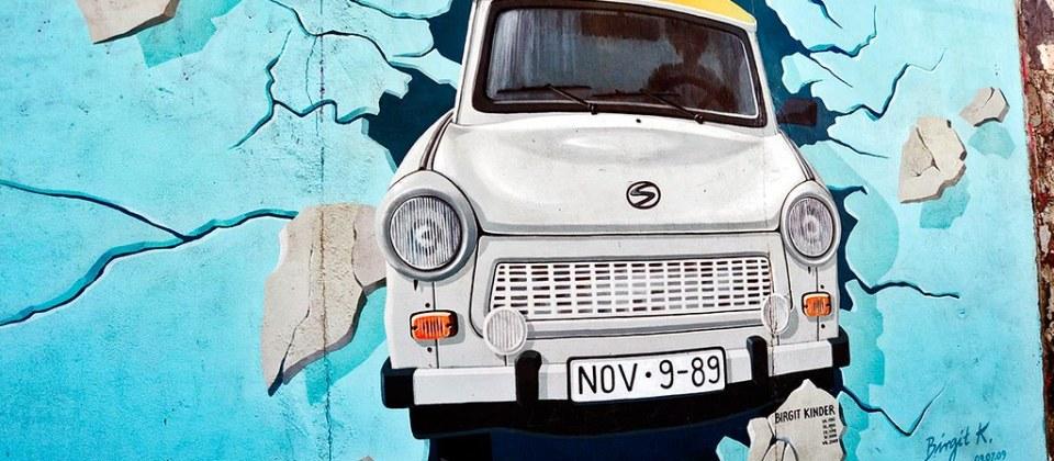 Trabant Ostdeutschland East Side Gallery