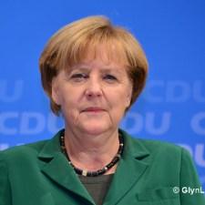 Brief an Merkel: Einfach mal streicheln