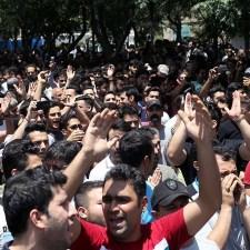 Iran: Am Rande des Zusammenbruchs