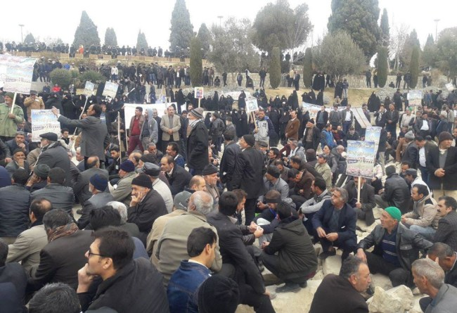 Iran Demonstrations of Farmers in Isfahan and Retirees in Tehran 3