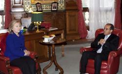 Mahmoud Jibril y Hillary Clinton. Foto: Embajada de EEUU en Londres