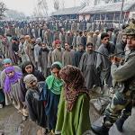 کشمیر: آزادی چاہیے، مگر ووٹ دیں گے!