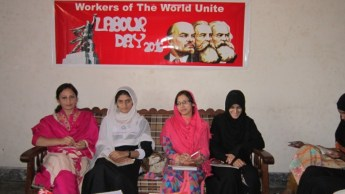 women meeting on may day in gujranwala (2)