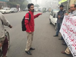 pya-lahore-protest-against-attack-on-bso-pajjar-central-organizer-zareef-rind-house-6