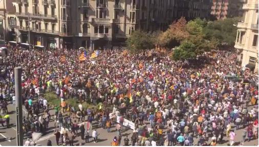 کیٹالونیا کے آزادی ریفرنڈم پر جبر کے خلاف عوامی بغاوت