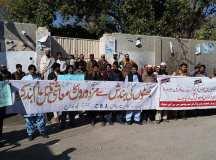 مچھ (بولان) بلوچستان: کانکنوں کے بنیادی مسائل اور پنجاب میں بھٹوں کی بندش کیخلاف محنت کشوں کا احتجاجی مظاہرہ!