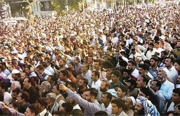 عوامی انقلاب کو پکارتا 'نیا' پاکستان!