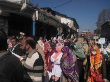 آزاد کشمیر: شعبہ صحت کے محنت کشوں کا اپنے مطالبات کی منظوری کے لئے احتجاجی ریلی اور جلسے کا انعقاد
