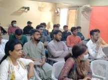 """کراچی: """"سماج آزاد، عورت آزاد!"""" کے عنوان پر سیمینار کا انعقاد"""