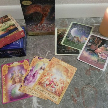 6 Top Card Readings for Greater Clarity