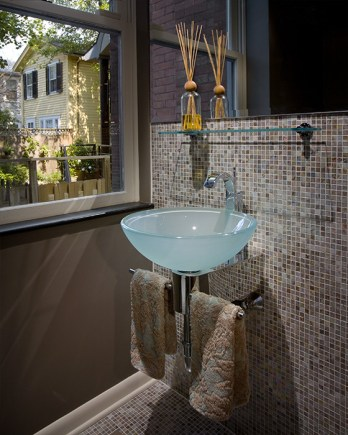 urban house renovation, powder room. mary cerrone architecture, pittsburgh