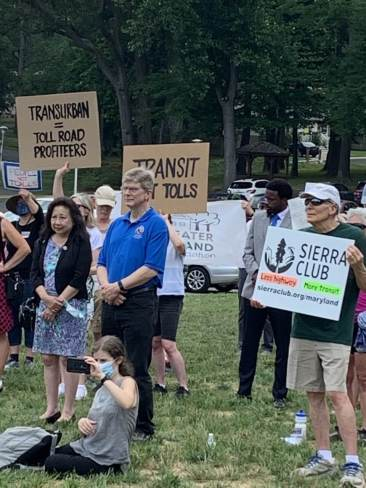 Citizens Against Beltway Expansion sponsored a rally in Rockville Tuesday to protest a proposed public-private partnership to widen parts of Interstates 495 and 270 and create toll lanes. Photo by Margaret Thale.
