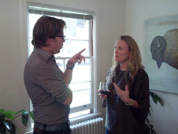 Wouter and Kelly deep in discussion