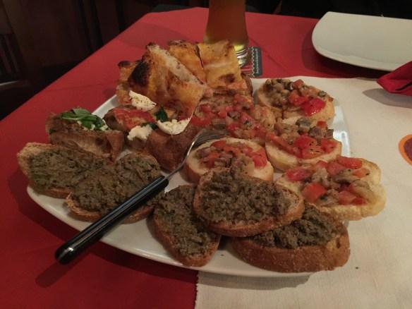 Tuscan crostini (mmm... chicken livers!)