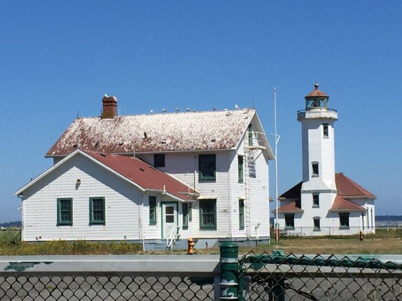 Lighthouse and lightkeeper's house at Fort Worden (a lot of gull droppings!)