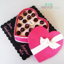 torta scatola di cioccolatini