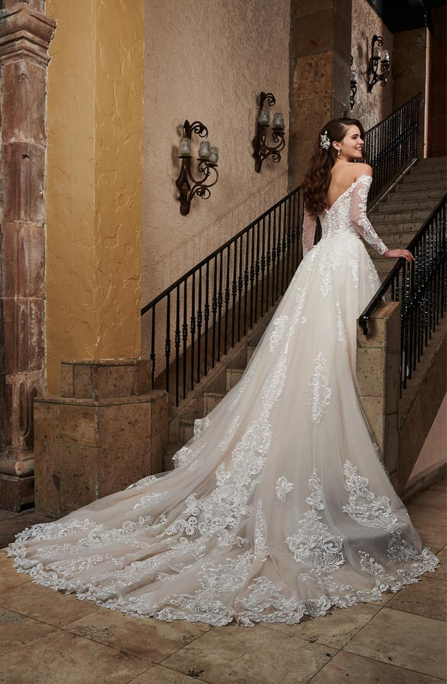 Marys Bridal   The Official Site of Marys Bridal Your Dream Dress Awaits