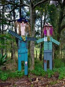 IM01 Scarecrow Name: Borumba Bills & Bettys Owner: Borumba Deer Park 1133 Yabba Creek Rd Imbil 4570 Registration Centre: Imbil Category: Artistic