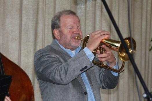 Klaus Osterloh - ehemaliger WDR Bigband Trompeter - als Gast bei Ellington Trio