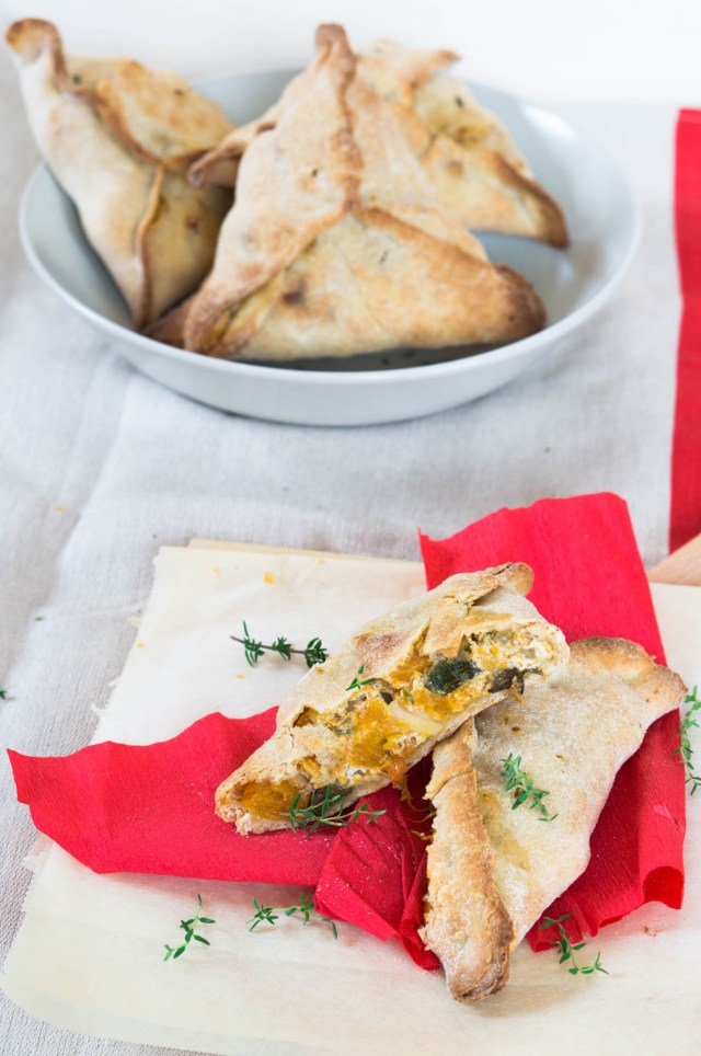 parcels with pumpkin and goat cheese