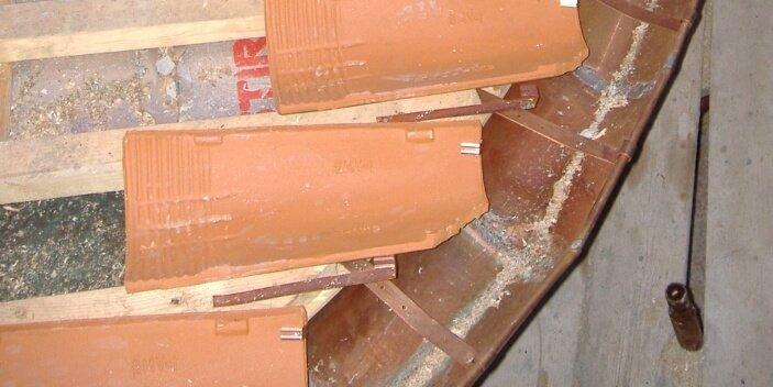 Costruzione e riparazione tetti speciali a Biella