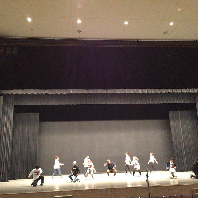 今日は近くの志木市民会館でダンスのリハーサル