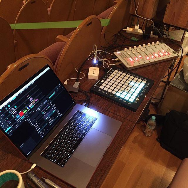 残念。  本日、客席オペでスペースが小さく、ネタも少なめなのでLaunchpadでオペレート。 picnomeは温存です。