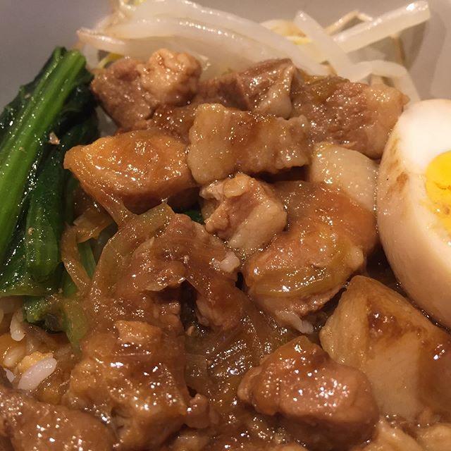 今日のお昼。  妄想魯肉飯、作ってみました。