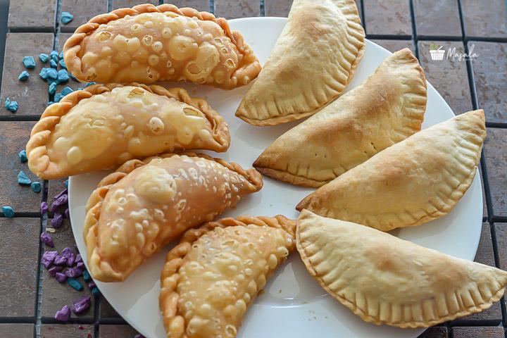 Kajjikayalu traditional and baked version comparison