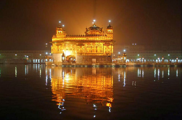 Amritsar-golden-temple