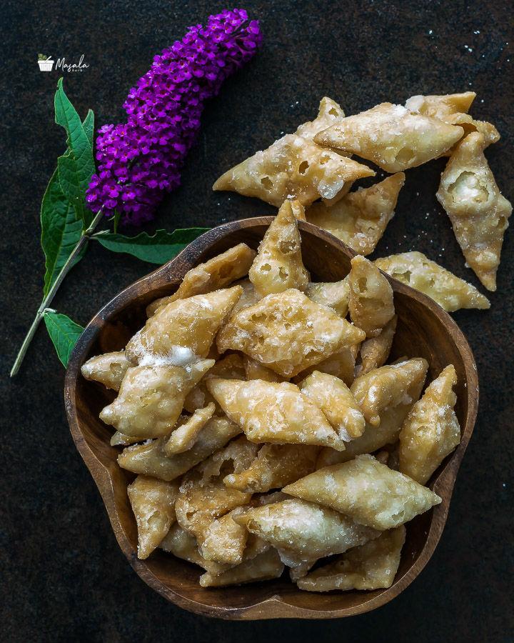 Sweet Shankarpali or Sweet Diamond Cuts