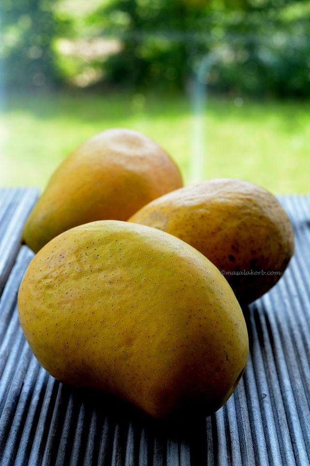 Easy Aamras Recipe | Keri No Ras (Mango Dip)
