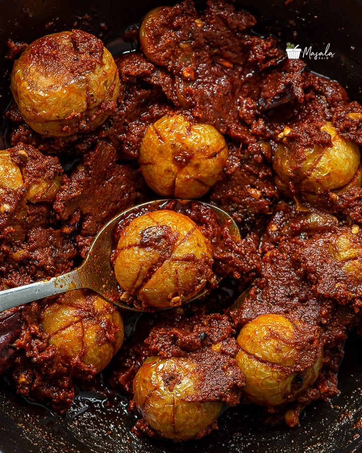 Top angle view of serving nellikai pickle/Usiri uragaya