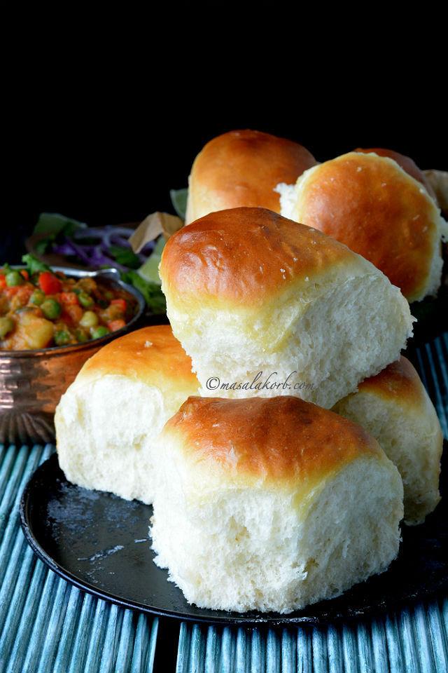 Eggless Ladi Pav Bread...
