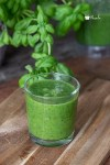 Spinach Detox Smoothie For Weight Loss served in a glass