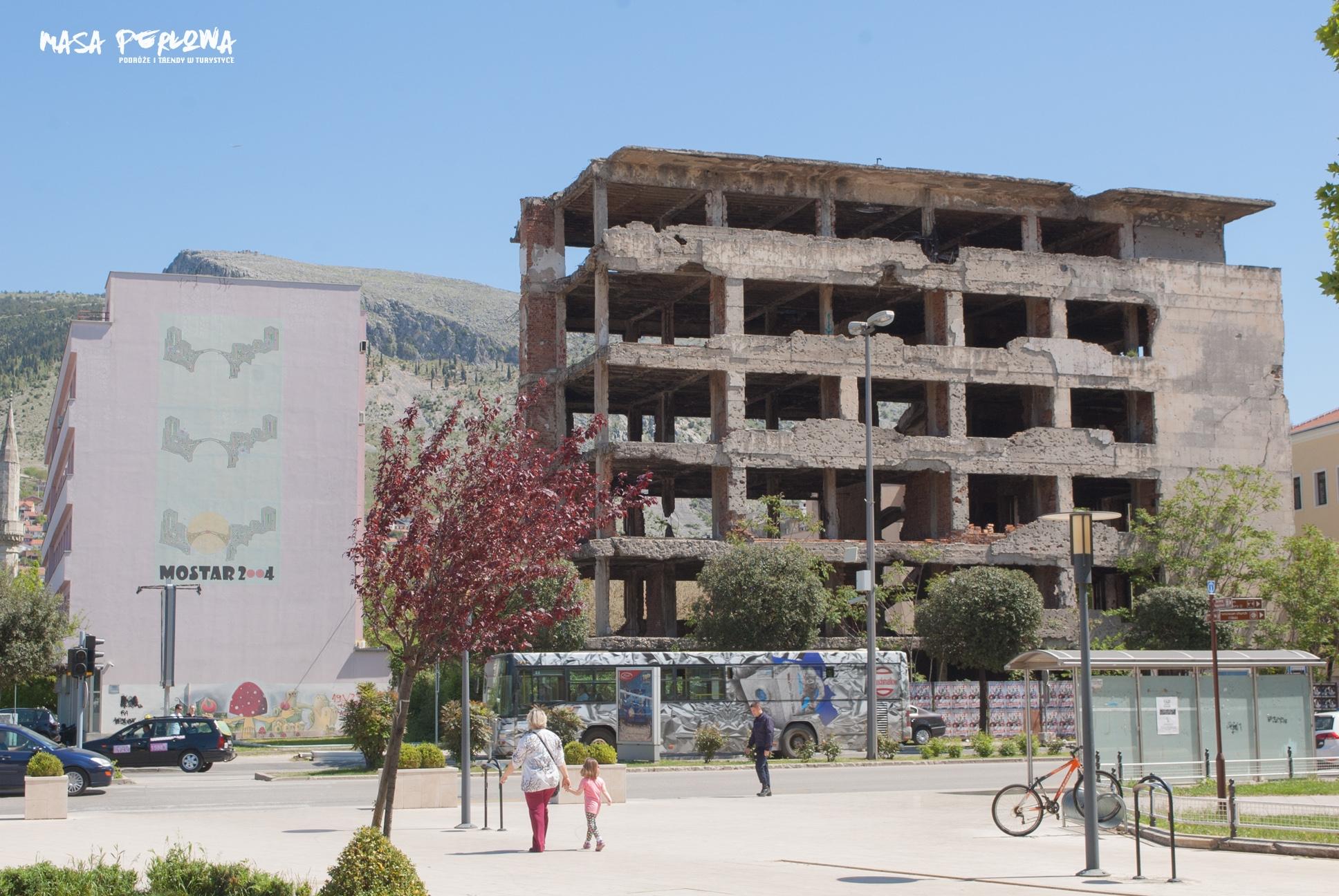 Mostar zniszczony budynek