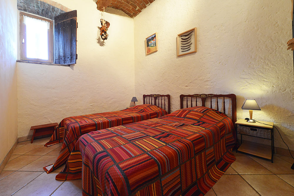 Les deux lits simples aux Treilles au Mas de la Baillyde, gîtes de charme en Cévennes