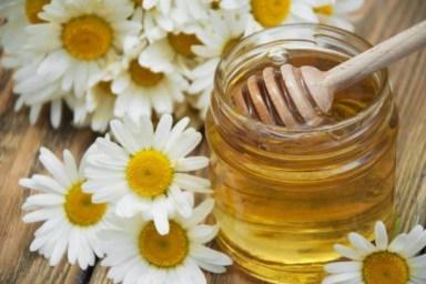 mascarilla de miel y manzanilla