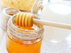 mascarilla de leche y miel