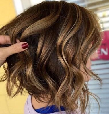 cabello color miel dorado