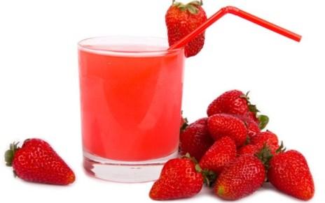 Beneficios del jugo de fresa para la piel