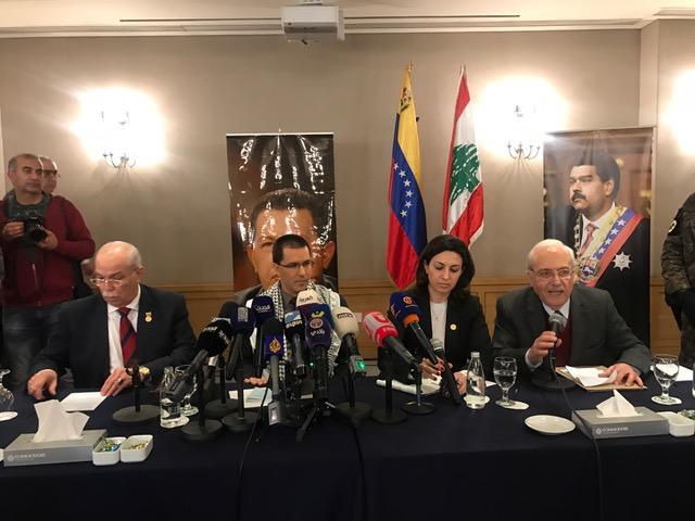 وزير خارجية فنزويلا: حذار أن تشنّ أميركا الحرب علينا...فستكون فييتنام (1) و(2) و(3)!