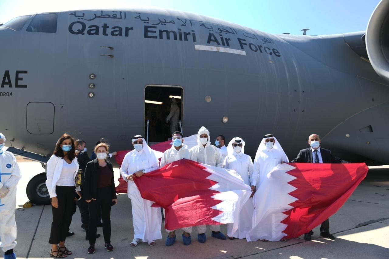 وصول أول طائرة للقوات الجوية القطرية تحمل مساعدات وامدادات طبية للبنان
