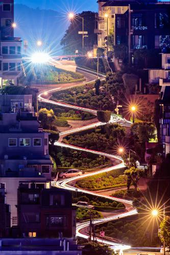 Vista notturna di Lombard Street - (c) David Yu - Flickr / Wikipedia