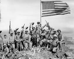 """La foto con i marines """"in posa"""" che generò il misunderstanding"""