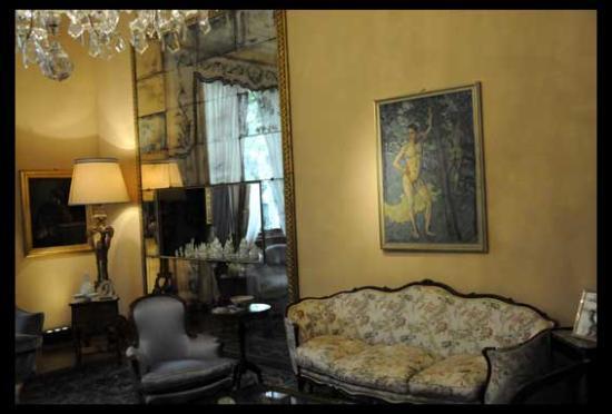 Villa Necchi salotto